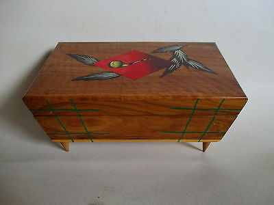 VINTAGE 1950's WOODEN MUSICAL PIPE/TOBACCO BOX