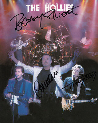 The Hollies Giant 10 x 8 Genuine Hand Signed Photo