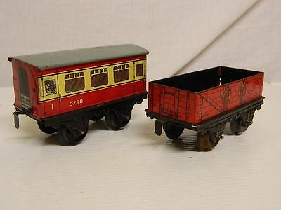 Hornby O Series O Gauge 2 Assorted Rolling Sock 1 Wagon 1 Coach Spares/Repair99p