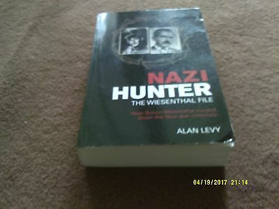 Nazi Hunter - How Simon Wiesenthal Hunted Down The Nazi War Criminals