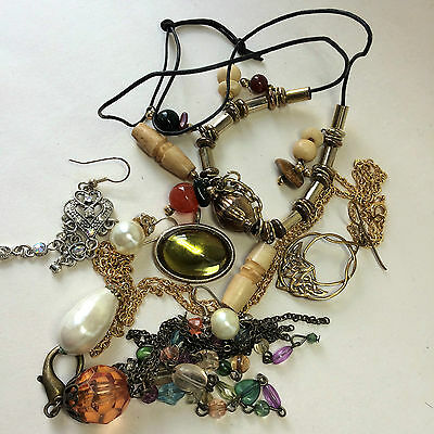 Mixed lot of costume jewellery pieces beads, findings, necklace