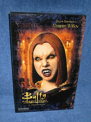 Sideshow Collectibles - Vampire Willow - Buffy the Vampire Slayer - 12 inch
