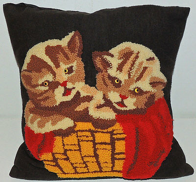 """Incredible Vintage KITTY CAT PILLOW Hook Rug Kittens w/ Glass Eyes 16"""" x 16"""""""