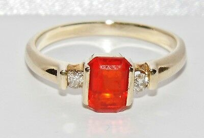 Beautiful 9ct Yellow Gold Mexican Fire Opal & Diamond Ladies Ring - size O