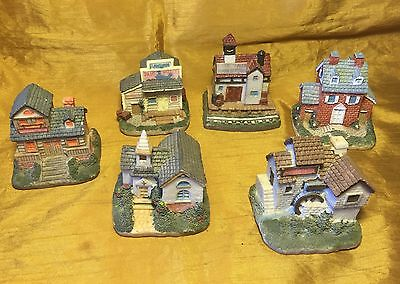 Lot 6 INTERNATIONAL RESOURCING SERVICES / Liberty Falls Town Building Figurines
