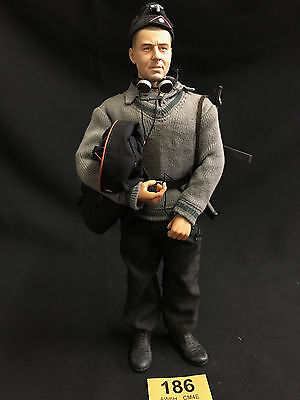 DRAGON 1/6 WWII GERMAN ACTION FIGURE LOOSE  (Ref 186)