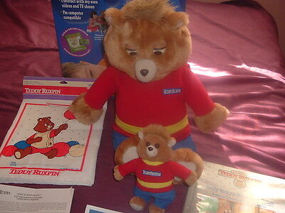 Interactive Vintage Teddy Ruxpin with Book,Cassette,Beanie Baby,Outfit!