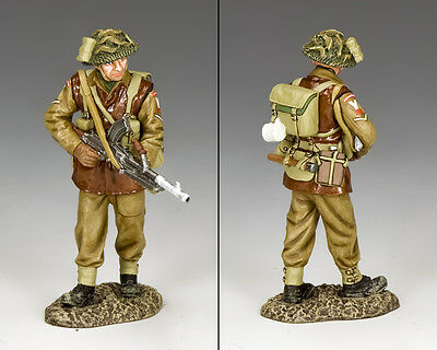 KING AND COUNTRY WW2 Walking Bren-Gunner BBB05 BBB005