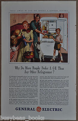 1941 GE REFRIGERATOR advertisement, General Electric, family in kitchen