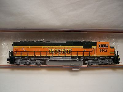 Kato - N-Scale BNSF EMD SD70MAC Diesel Locomotive #8802