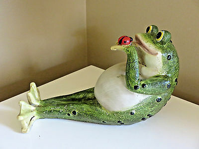 Frog Lying Down With Ladybug 8 in. Garden Pond Figurine Lawn Ornament Resin New.