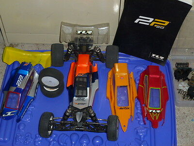 TLR 22 RC Car Team Losi 2WD Buggy Rolling Chassis and spares