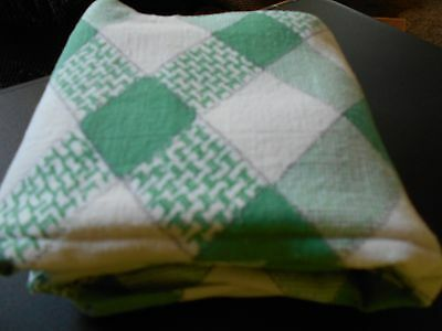 ViNtAgE Feed/Flour Sack Quilt Fabric  Green and white checks Material