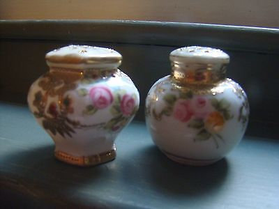 Vintage Handpainted Porcelain Floral Salt & Pepper Shakers Floral Gold Trim NICE