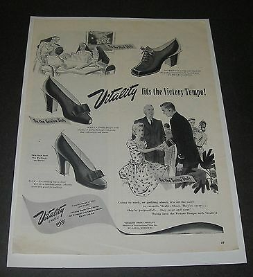 Print Ad 1943 FOOTWEAR Women's Vitality fits Victory Tempo Shoe Fashion Style