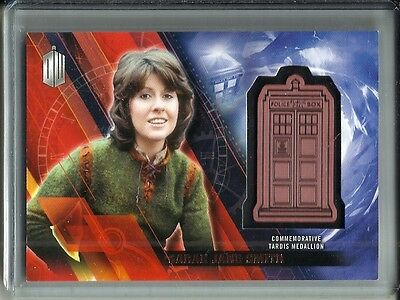 Sara Jane Smith 2016 Topps Doctor Who Commemorative Tardis Medallion #102/150