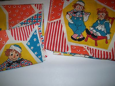 l Vintage Raggedy Ann & Andy LOT 2 Pillow cases and 3 Curtains