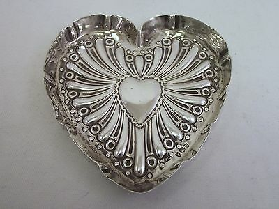 Solid Silver Heart Shaped Dish London 1892 William Comyns