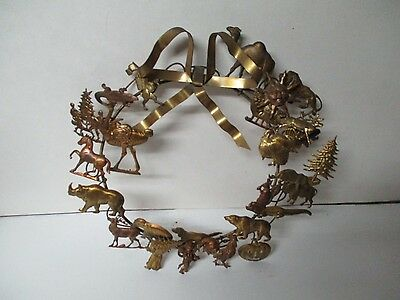 "Fabulous 10"" BRASS CHRISTMAS HOLIDAY FIGURAL WREATH"