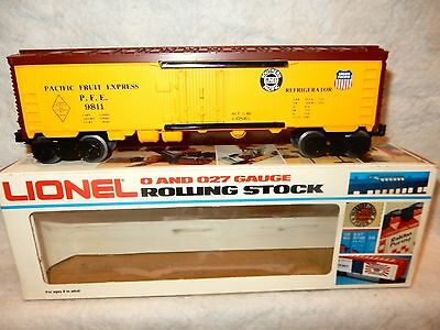 Lionel 6-9811 Famous American Railroad #2 Union Pacific PFF reefer-O gauge-NEW!-