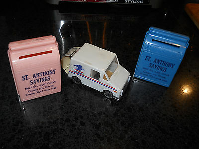 Plastic US Mail Truck Test Stamp Dispenser With Mailbox Banks