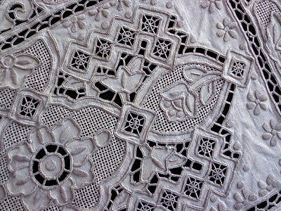 SET OF 12 Heirloom Linen Place Mats Hand-Made Needle Lace Chee Foo Embroidery