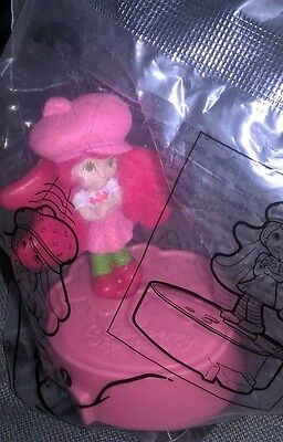 NIP 2014 Burger King Strawberry Shortcake Kids Meal Toy