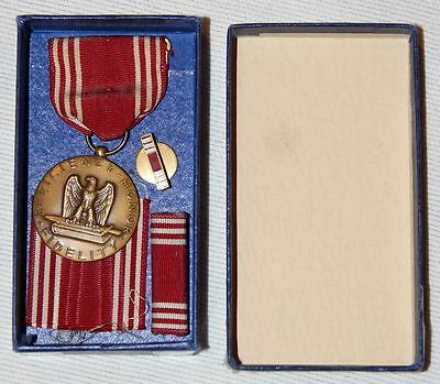 Wwii Good Conduct Medal W/ 1944 Dated Box, Lapel Pin, Ribbon Bar & Spare Ribbon