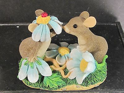Charming Tails OUR LOVE HAS BLOSSOMED Mouse Ladybug Flowers  84 /103