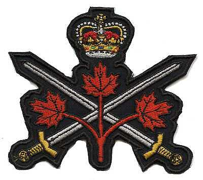 Canadian Army Badge with Crown