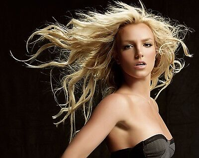 Britney Spears Unsigned 8x10 Photo (54)