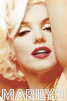 """Marilyn Monroe pinup poster 24x36"""" Famous"""