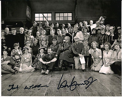 IAN LAVENDER & FRANK WILLIAMS Dad's Army Original Signed Autograph 8x10 Photo 2