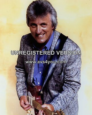 """Bruce Welch The Shadows 10"""" x 8"""" Photograph no 2"""