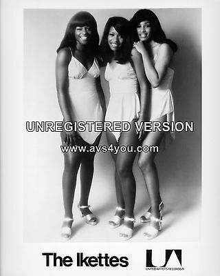 "The Ikettes / Tina Turner 10"" x 8"" Photograph no 1"