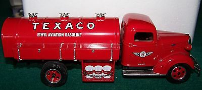 2000 First Gear TEXACO 900 GALLON AVIATION TANKER 1/30 SCALE #3 SERIES CHEVROLET