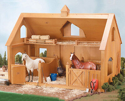 Breyer Horse Barn 302 Deluxe Barn with Cupola- NEW