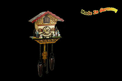 Quartz Cuckoo Clock 22 cm Automatic Night-Time Shut-Off, 12 Melodies Heidi