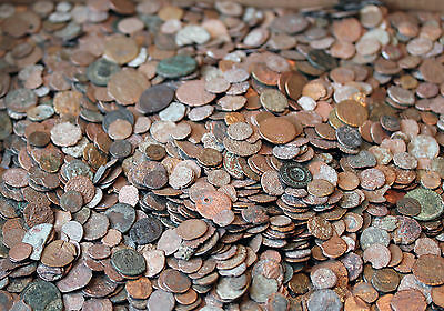 Mixed lot of 25 Bottom Of The Barrel Ancient Roman Coins Educational Junk Lot