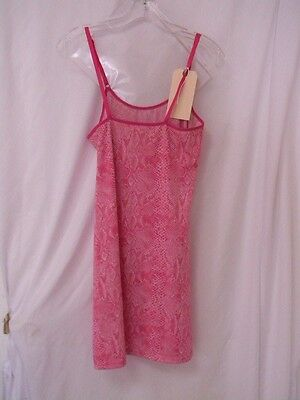 """Jennifer Lawrence Pink Lingerie Top From The Film """"j O Y""""!"""