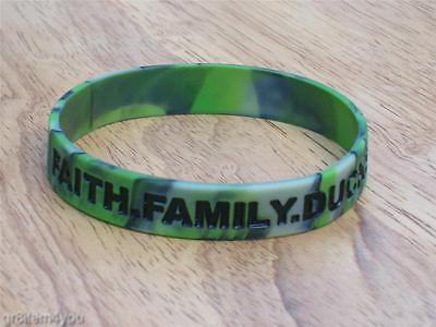 Duck Commander Dynasty Green Camo Bracelet Faith Family Ducks NEW