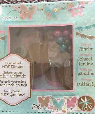 Deco Time Vintage MDF Butterfly Garland