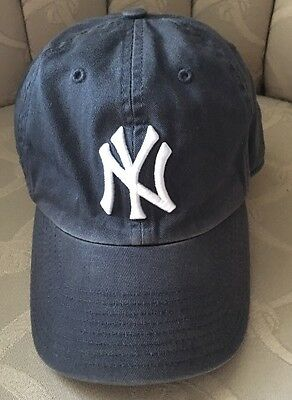 youth flex fit hat New York Yankees Size Small
