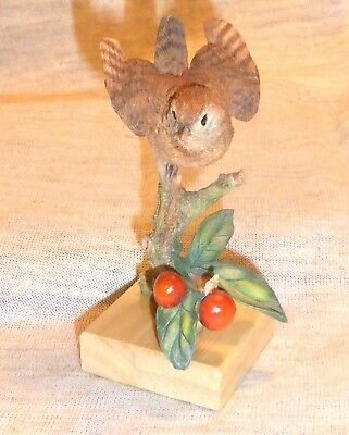 Country Artists Bird Figurine Wren On Wild Cherry Membership Piece 2005 Nib
