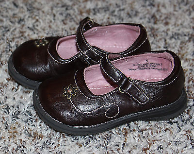 Girls Toddler Size 5 Mary Jane Brown Circo Shoes With Flower