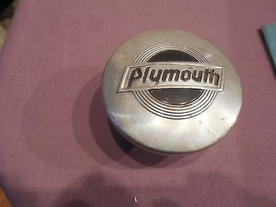 VINTAGE ~ 1920s - 1930s Plymouth Threaded / Screw-on Hubcap / Grease Cover