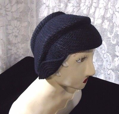 Vintage blue knit womens hat   Needlepoint eviritt 1920s great cond