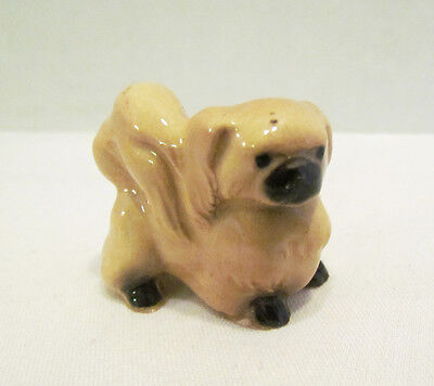 Hagen Renaker Pekinese Pekingese Dog Ceramic Figurine Facing Right Vintage
