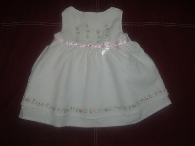 Bonnie Baby, sleeveless, white dress, sz 3-6m, embroidered pinks flowers-bow