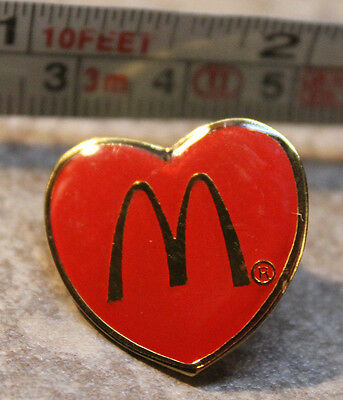McDonalds Valentines Day Heart Employee Collectible Pinback Pin Button